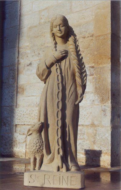 st regina statue 1.jpg