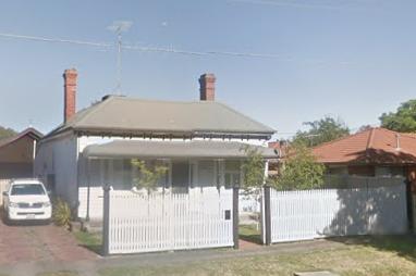 Georgias House Before Painting.