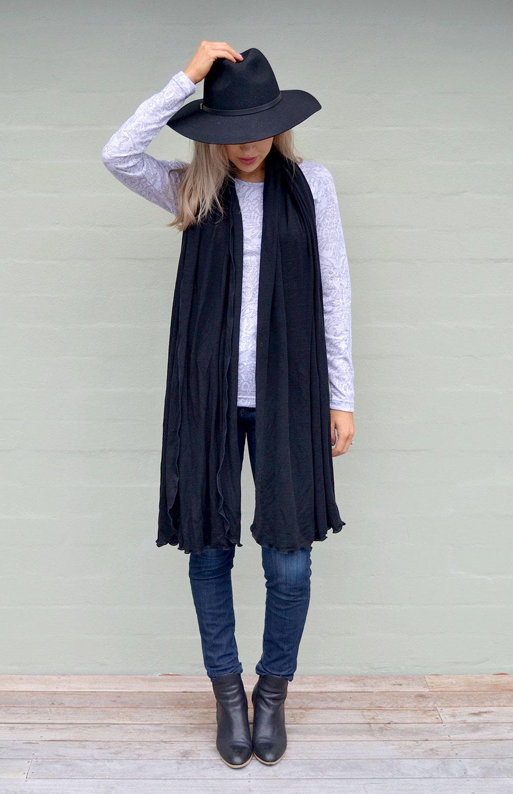 8404-wide-merino-scarf-black-new-0.jpg