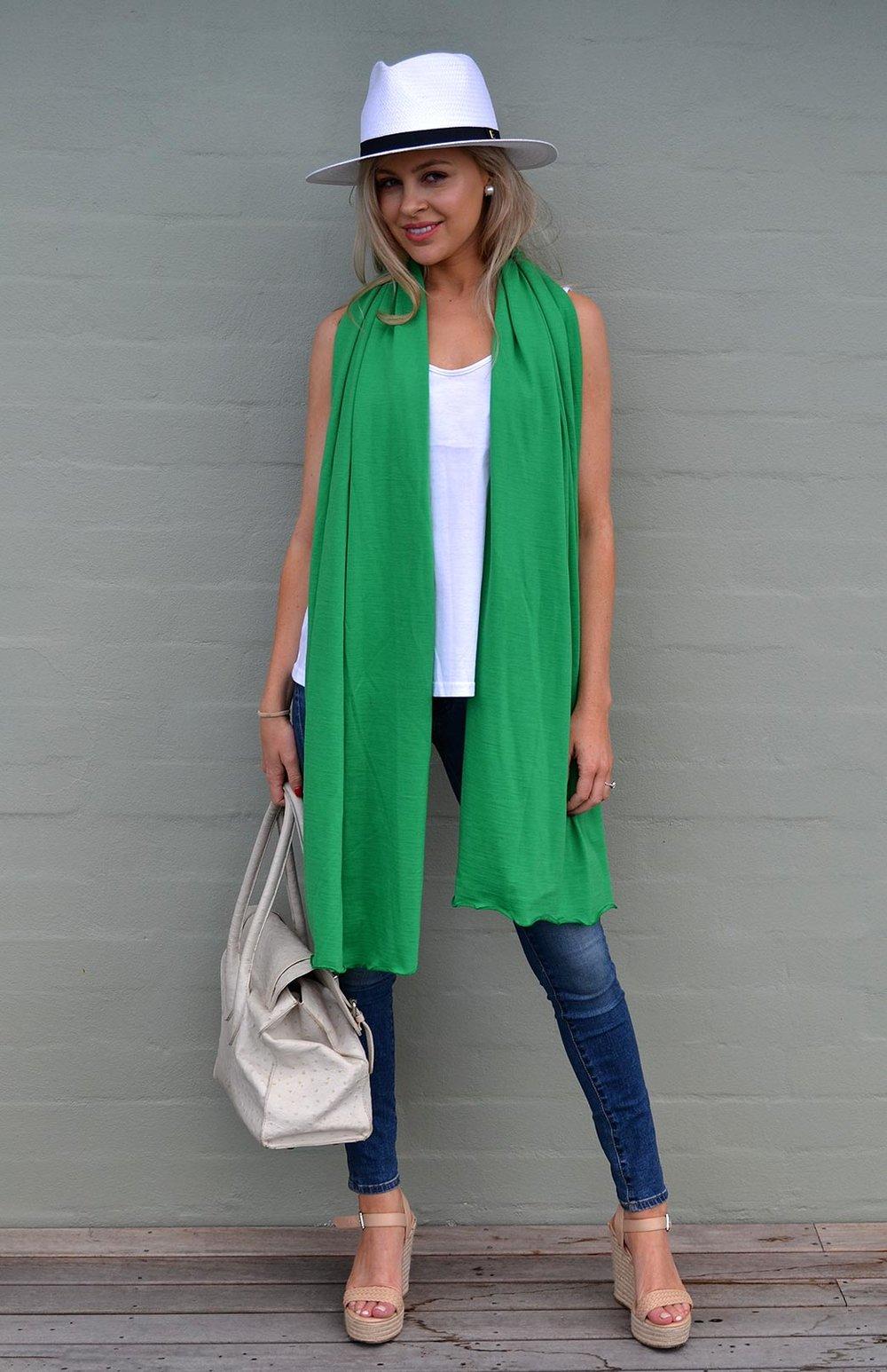 8404-merino-scarf-apple-green.jpg