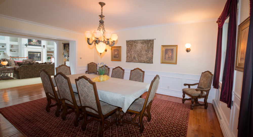 Large dining room is great for entertaining