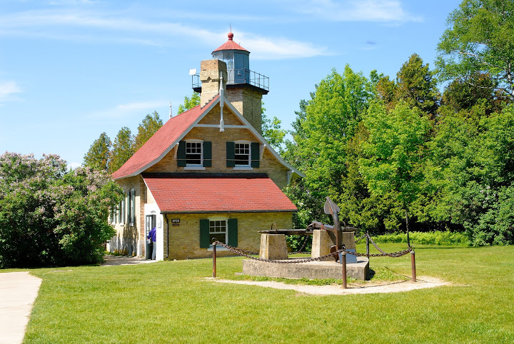There are many historical buildings and landmarks in Door County