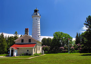 cana-island-lighthouse-in-summer-matthew-winn.jpg