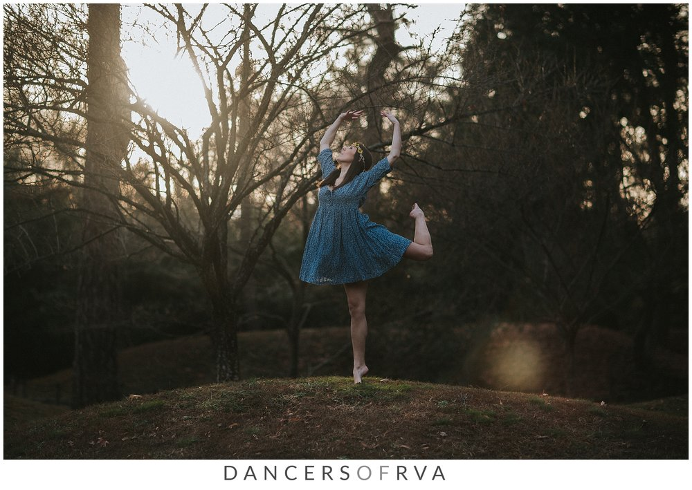 Dancer_In_maymont_park_at_sunset_Richmond_dance_photographer