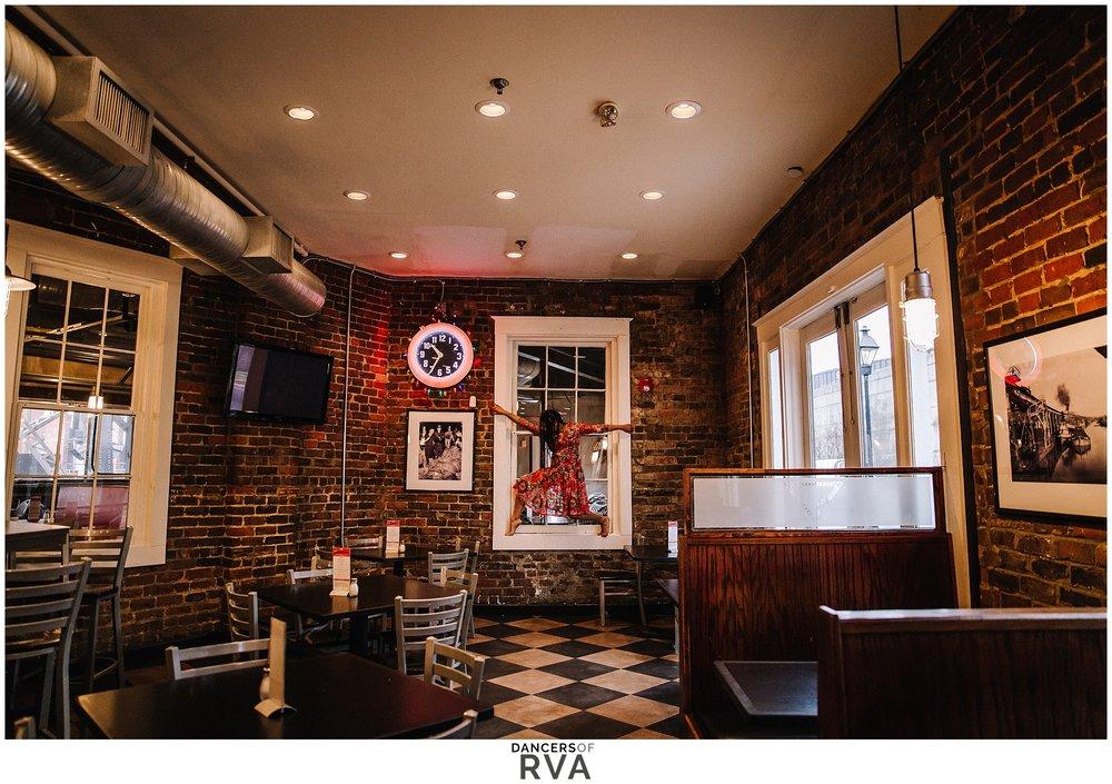 Dance-Photographer-Richmond-VA-Bottoms-Up-Pizza-Shockoe-Slip_0026.jpg