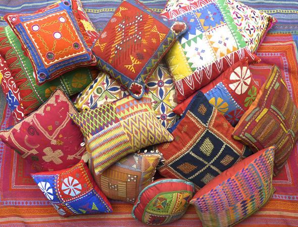 cushion1_grande.jpg