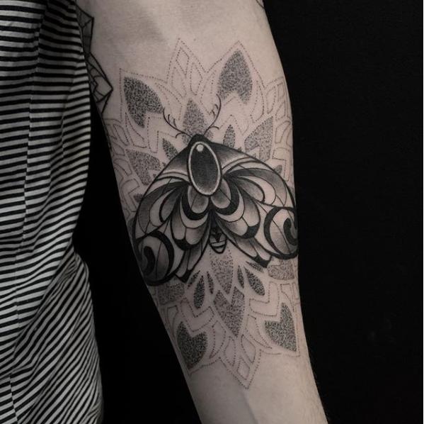 moth-dotwork-tattoo.PNG
