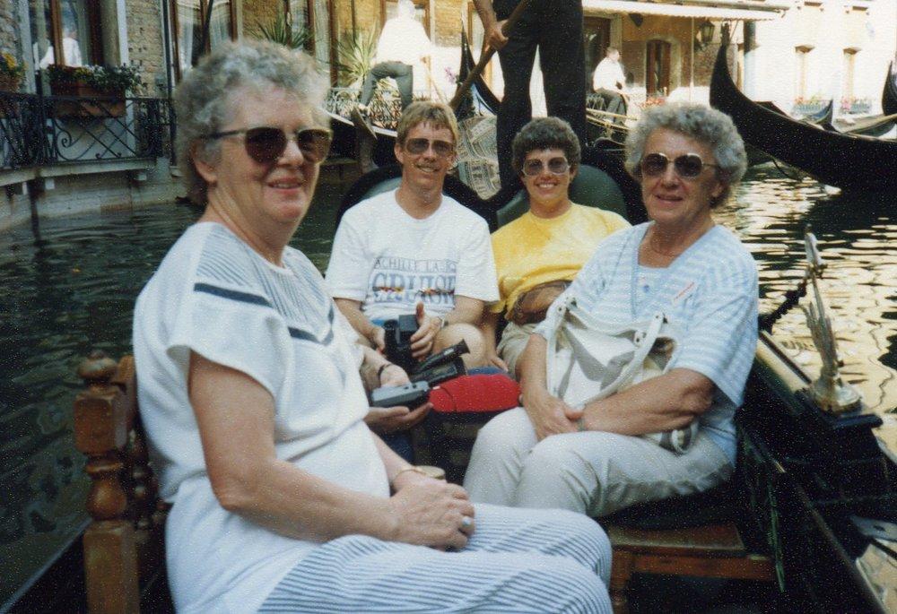 Gondola around Main island -