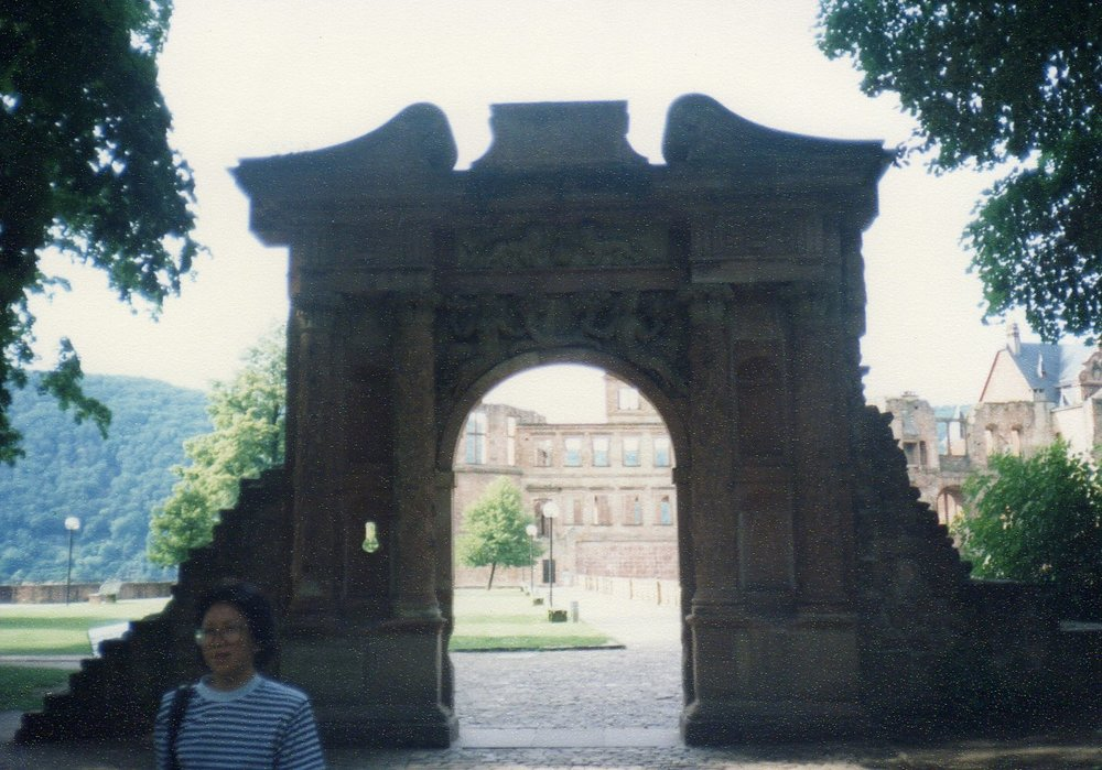 Archway Heidelberg Castle - Mad Frederick declared his love to his fiance by building it overnight