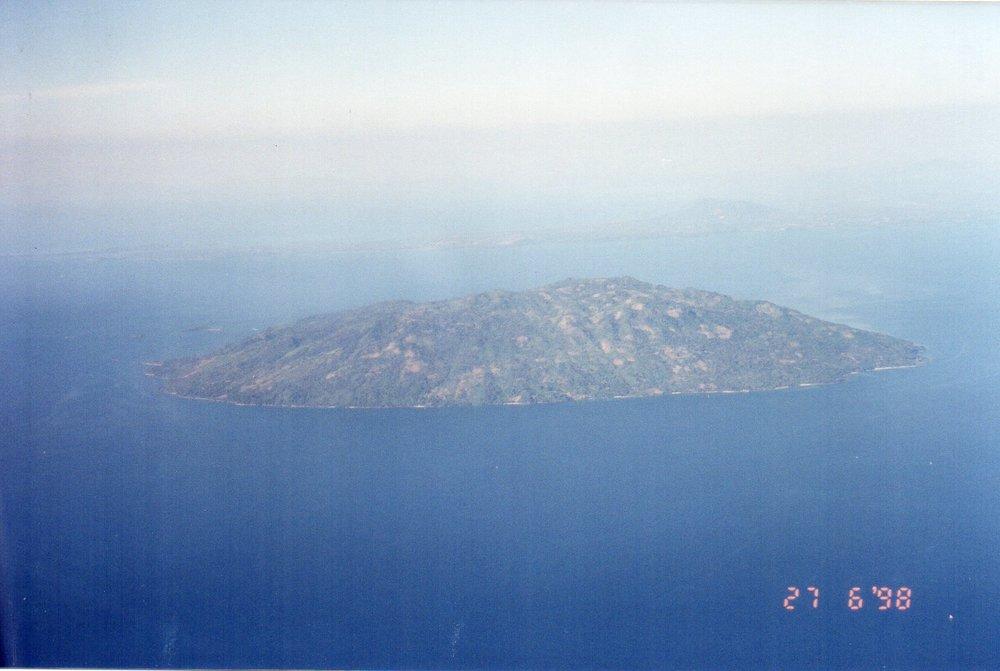 Island north-west of Madagascar