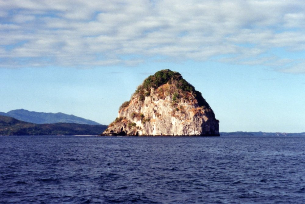 Sugarloaf Island south of Nosy Be