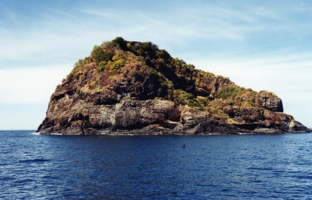 One of 3 sisters islands.jpg