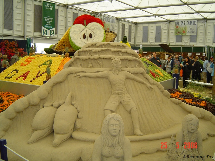 Sandart 5aday display Chelsea Flower Show 2006.JPG