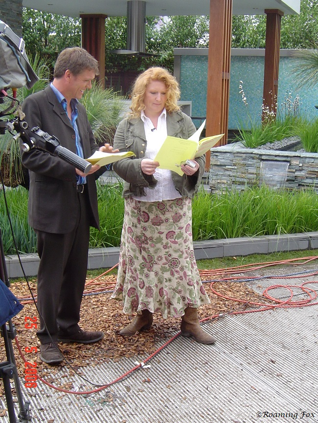TV personalities Chelsea Flower Show 2006.JPG