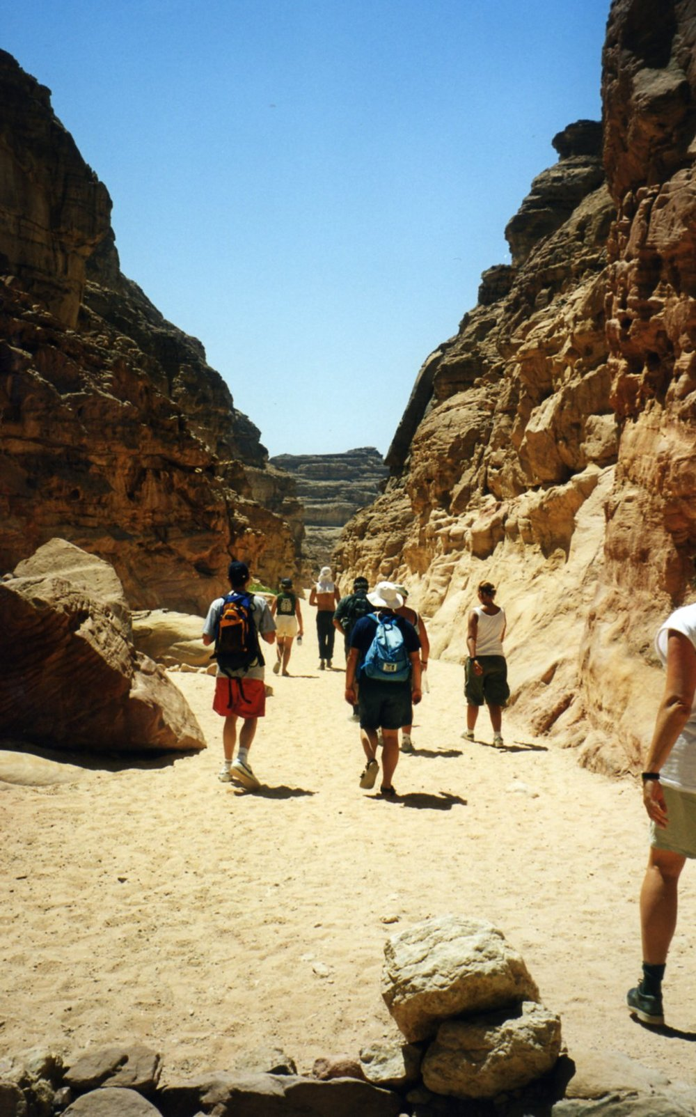Hiking on the hot sands of the Coloured canyon