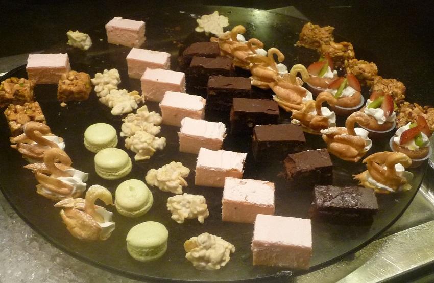 Dessert Club Med Kani.JPG