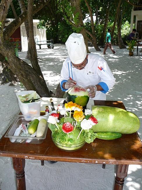 Fruit carving Club Med Kani.JPG