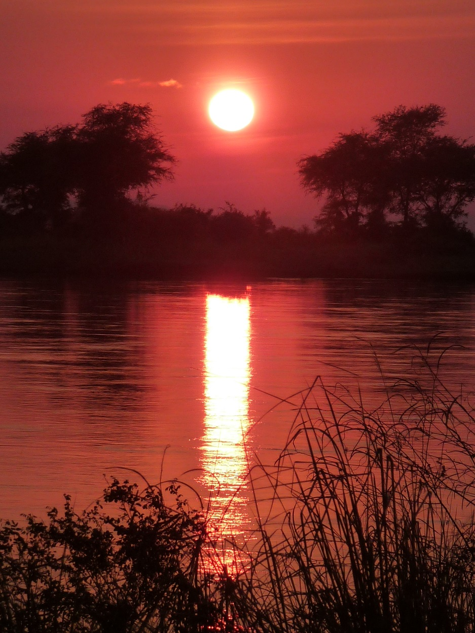 Sunrise at Mana Pools, Zimbabwe