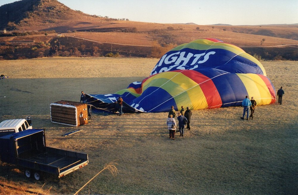 Preparing the balloon for take off