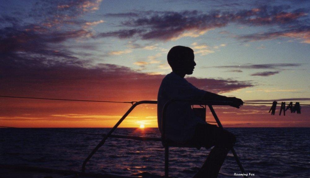 Sunset silhouette Comoros.jpg