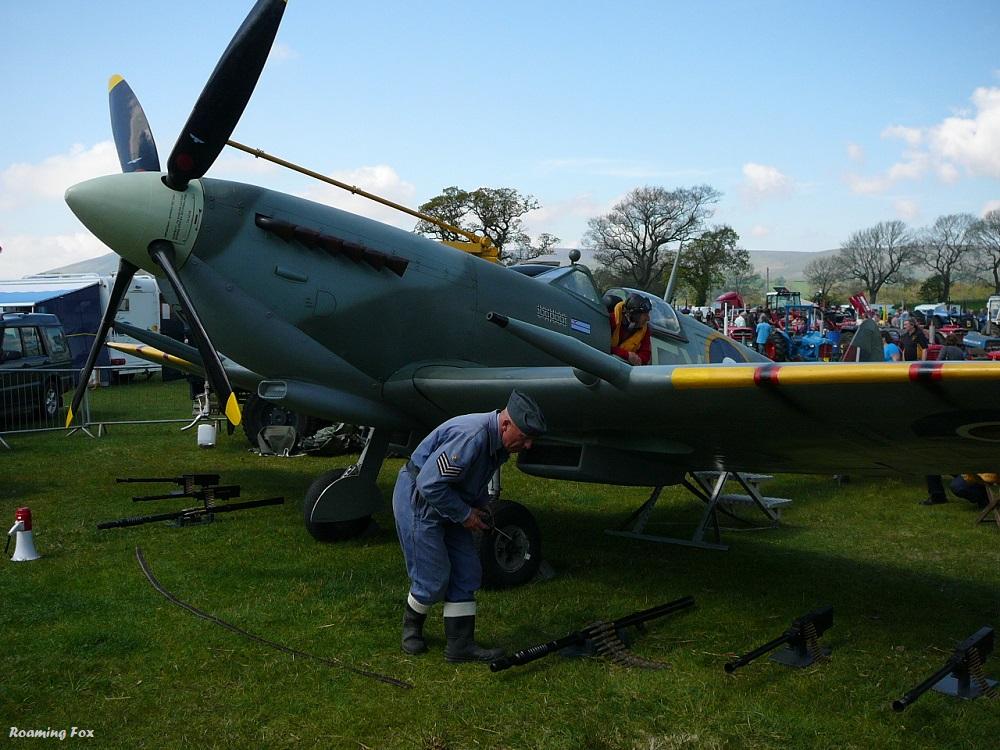 Plane at Chipping Steam Fair.JPG