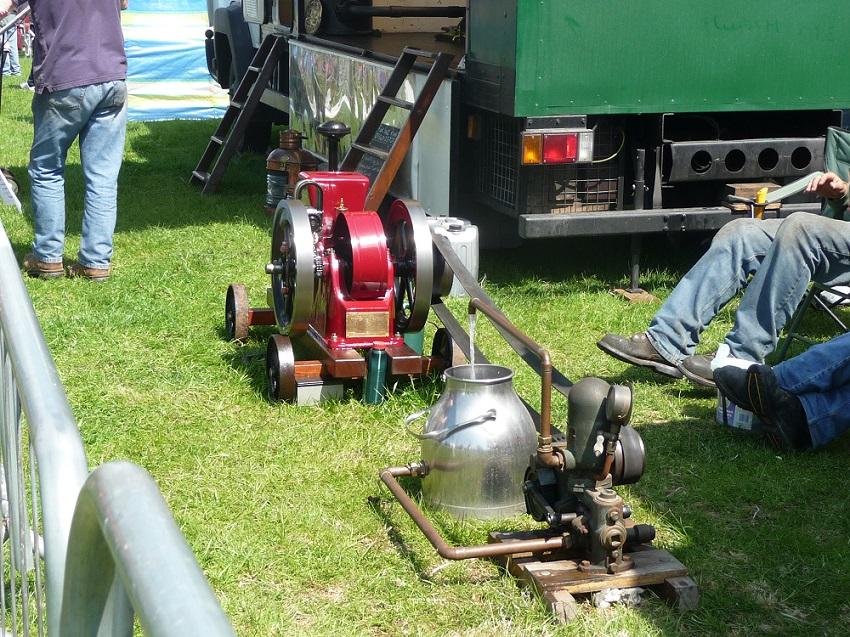 RF Chipping steam fair.JPG
