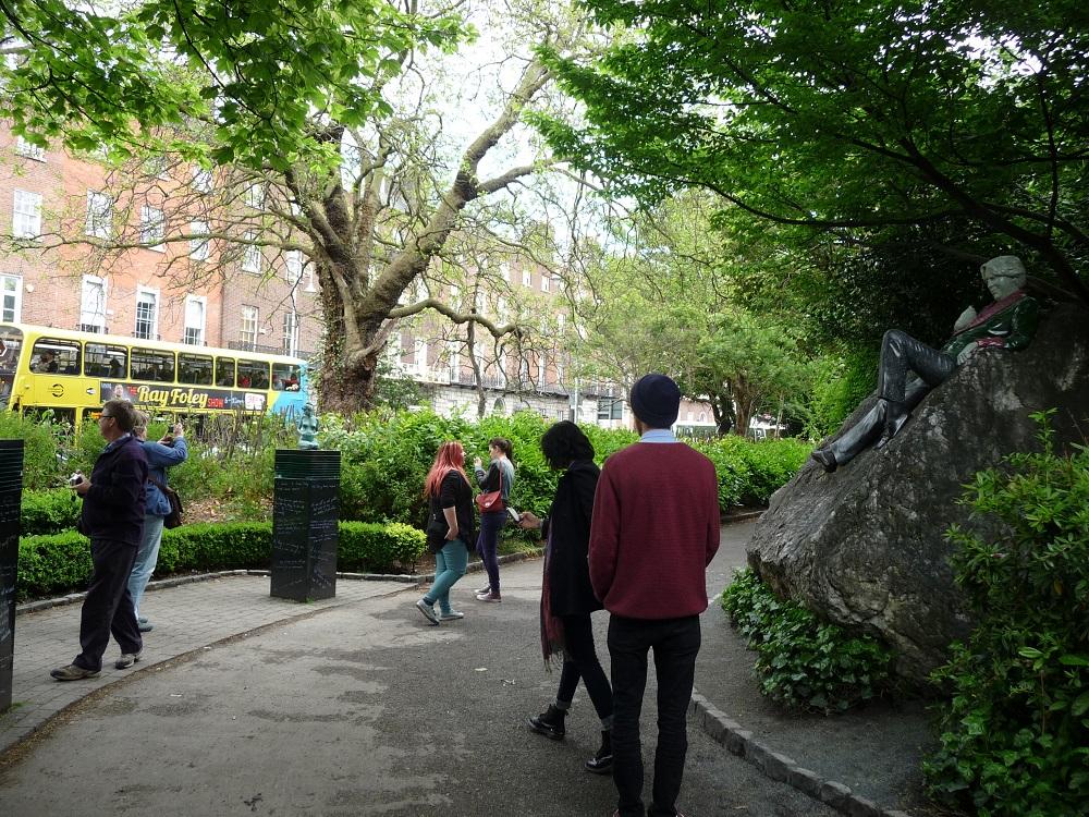 RF Oscar Wilde statue Dublin