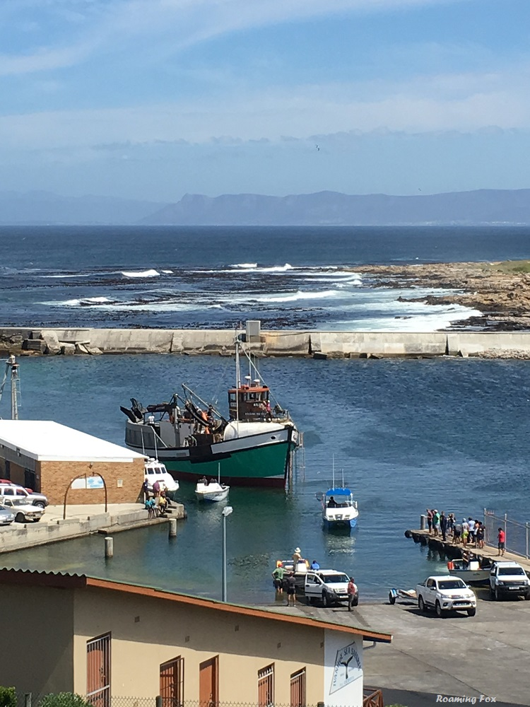 Fishing boat preparing to leave dry dock after repairs 1.JPG