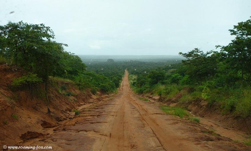 Red-clay-road-Zavora-Mozambique