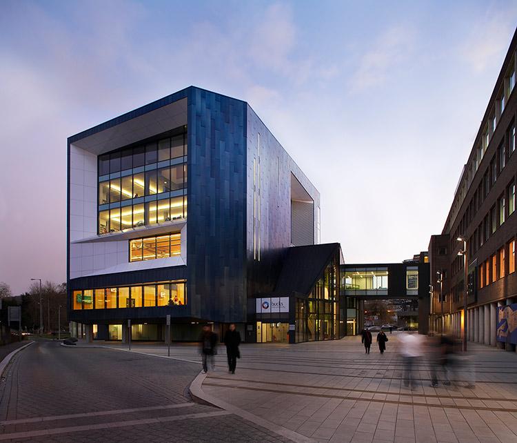 <b>Gateway Building</b> | Buckinghamshire New University