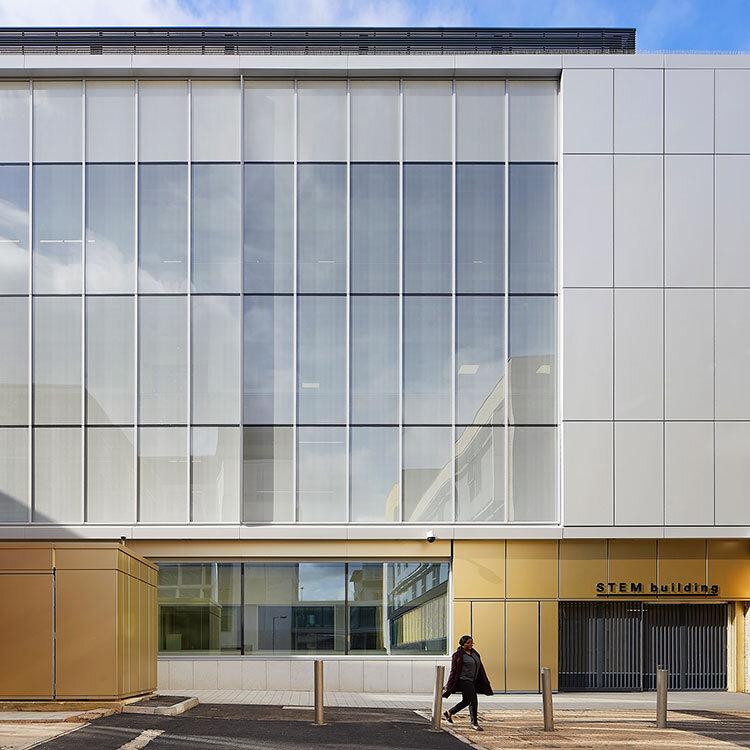 <b>STEM Building</b> | University of Bedfordshire