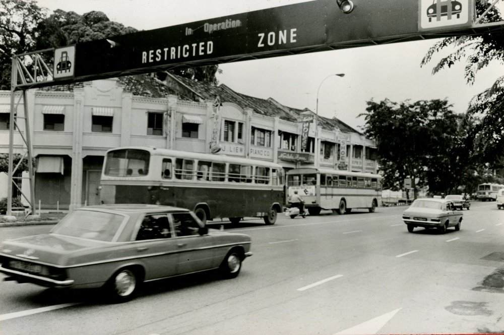 Singapore enacted the Area Licensing Scheme (ALS) from 1975 to 1988. The policy used traffic congestion pricing to manage vehicle usage in the city's CBD  (Source: World Bank Group Archives)