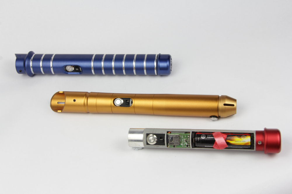 Our Nano Biscottie Core pictured above with the compatible hilts, The Riddari and the Comet