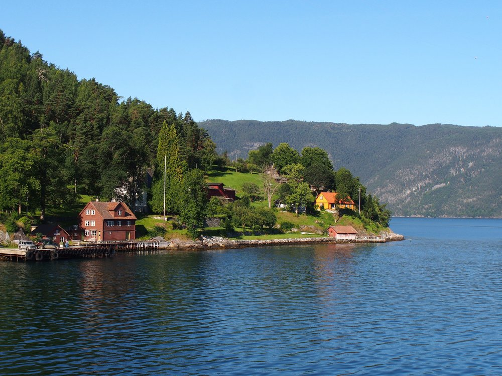 Village_of_Frønningen_-_2013.08.jpg