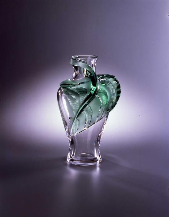 Lalique Tanega Clear Vase With Green Leaf 14 H Signed Preowned