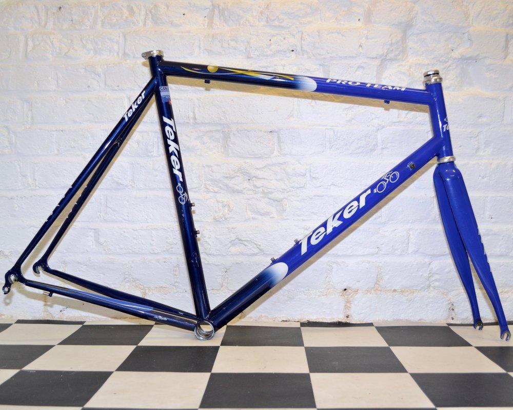 Teker_Columbus_tubing_Thermacrom_foco_59cm_frame_Big_Fun_Bikes_Hackney.jpg