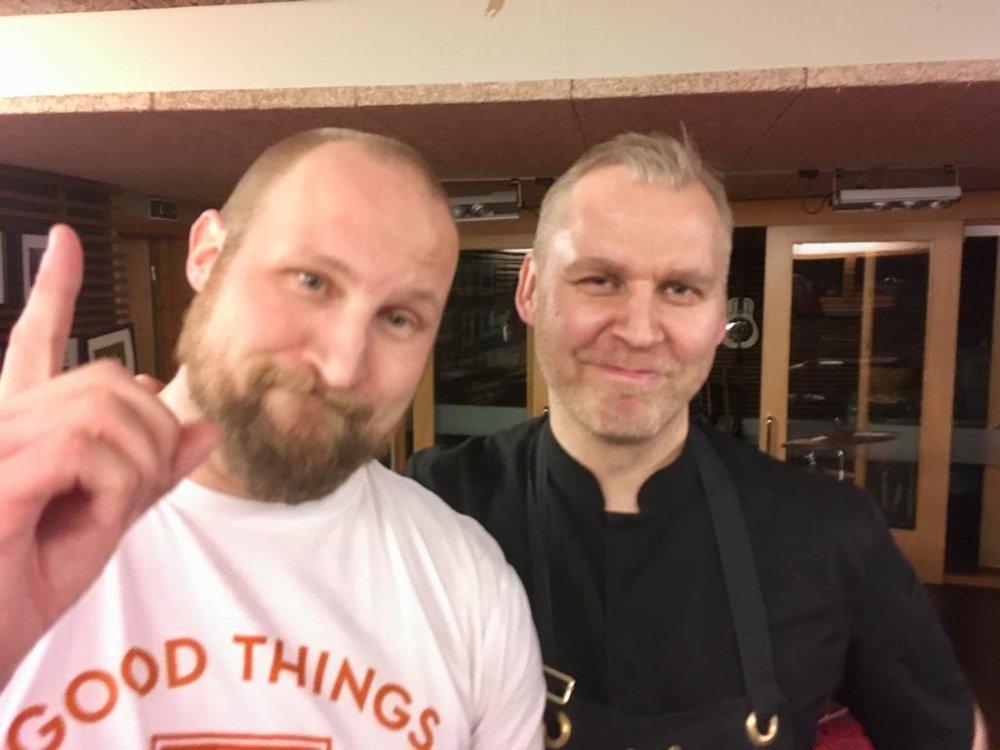 Mieletöntä valoa Lyhdyssä, marraskuussa 2017. Paleface ja Paul Hickman.