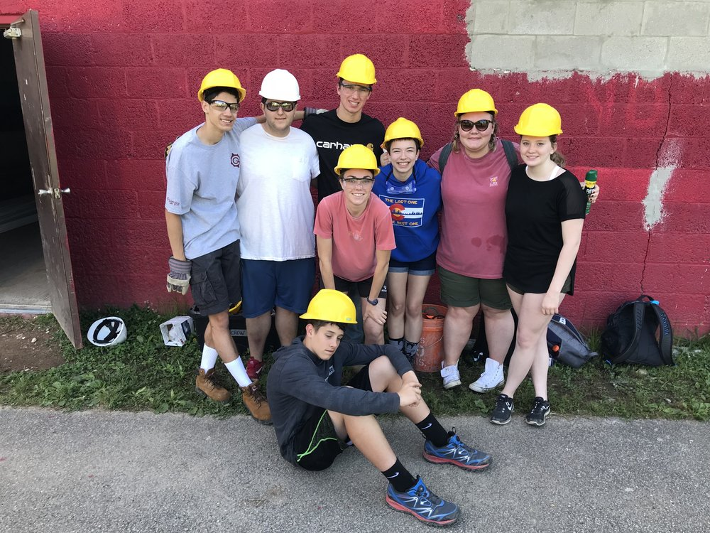 Several Good Shepherd youth hanging out in Clendenin, West Virginia during their summer mission trip.