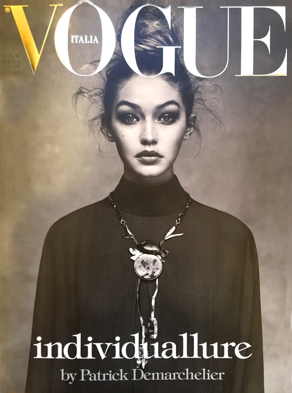 Vogue-Italia-April-2016-cover.jpg