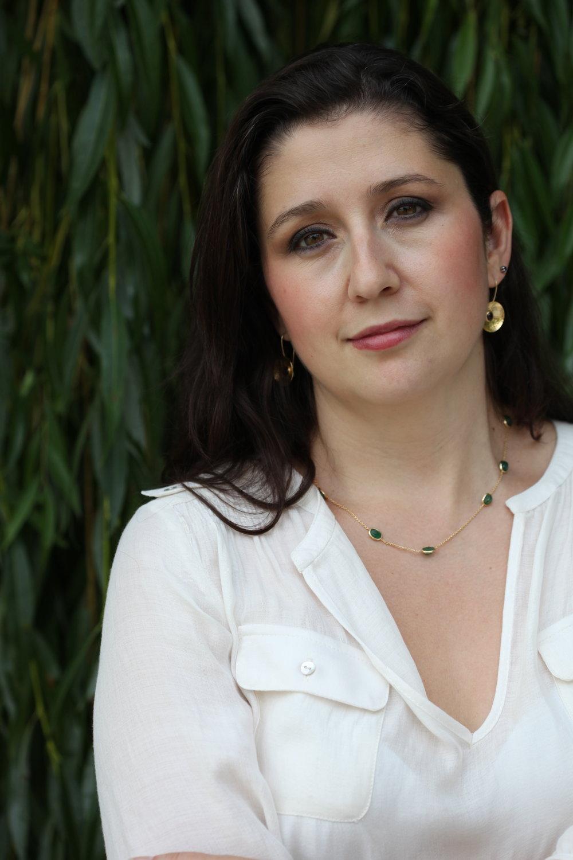 Dessy Tsolova Portrait.jpg