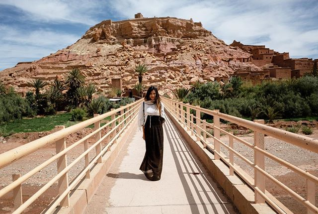 Day 6: Ait-ben-Haddou 🏜 dress by @boohoo #aitbenhaddou #morocco #moroccotravel #marocco #maroc  #view #magicplace #magicplaces #travelblog #travelblogger #traveldiary #morocco_vacations #femaletraveler #femaletravel #travelphotography #discovermorocco #moroccolives #inmorocco #visitmorocco #moroccovacations #moroccolives #boohoobabes