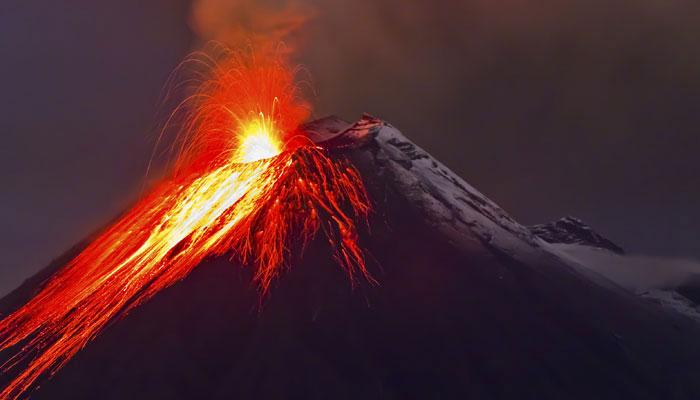 627055-volcano.jpg