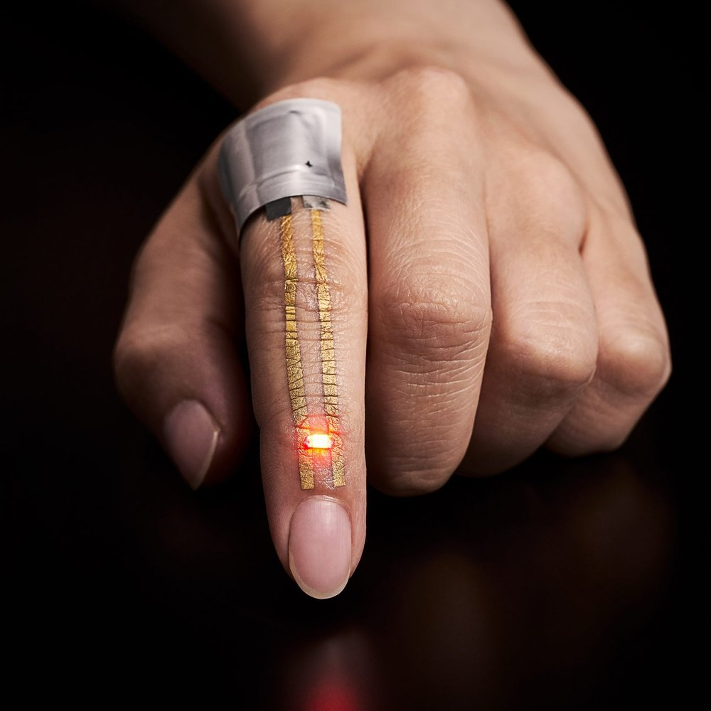 wearable-electronics-university-tokyo-technology_dezeen_2364_col_0-1704x2754.jpg
