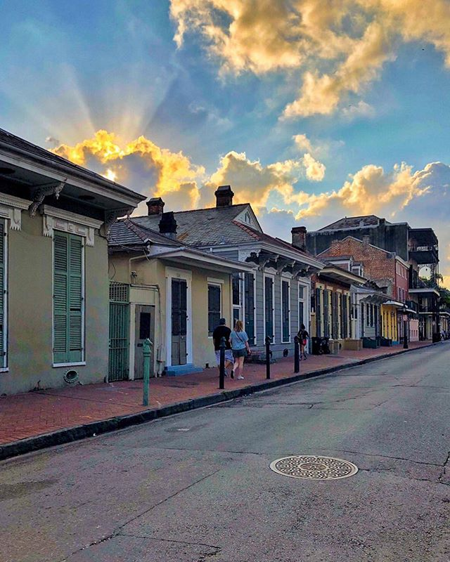 """""""If you love New Orleans, she'll love you back"""" ☀️"""