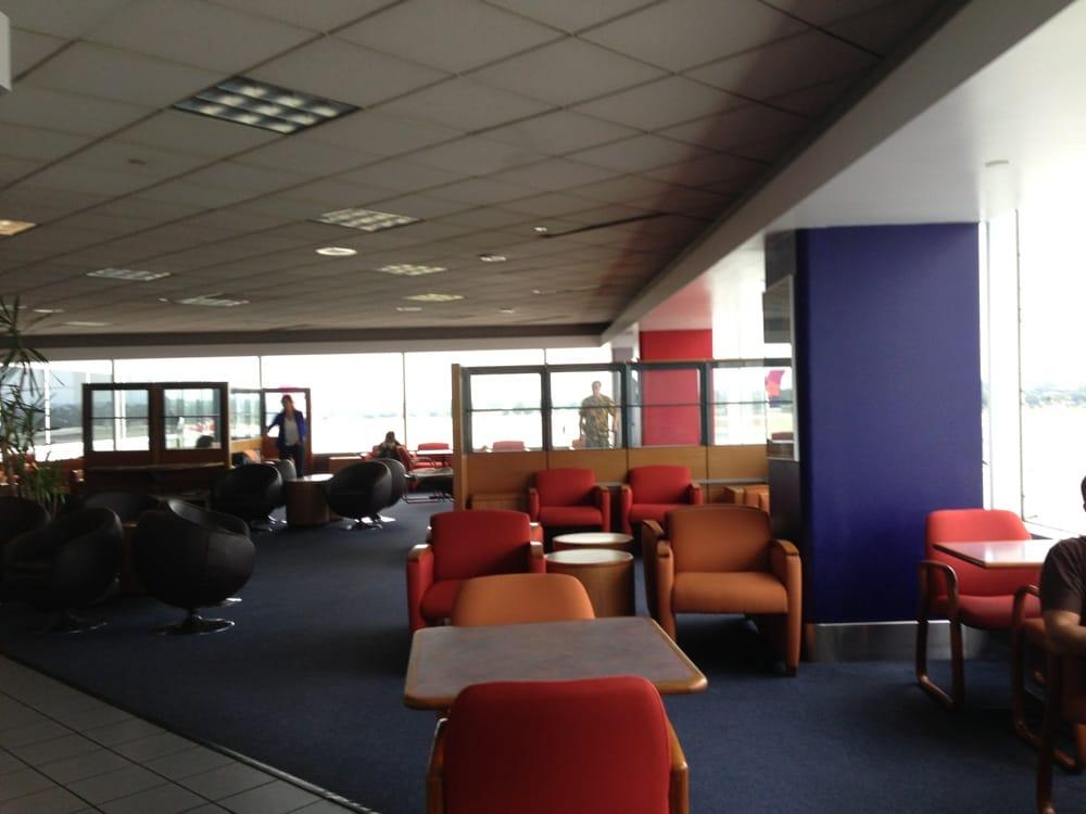 LAX Air France Lounge