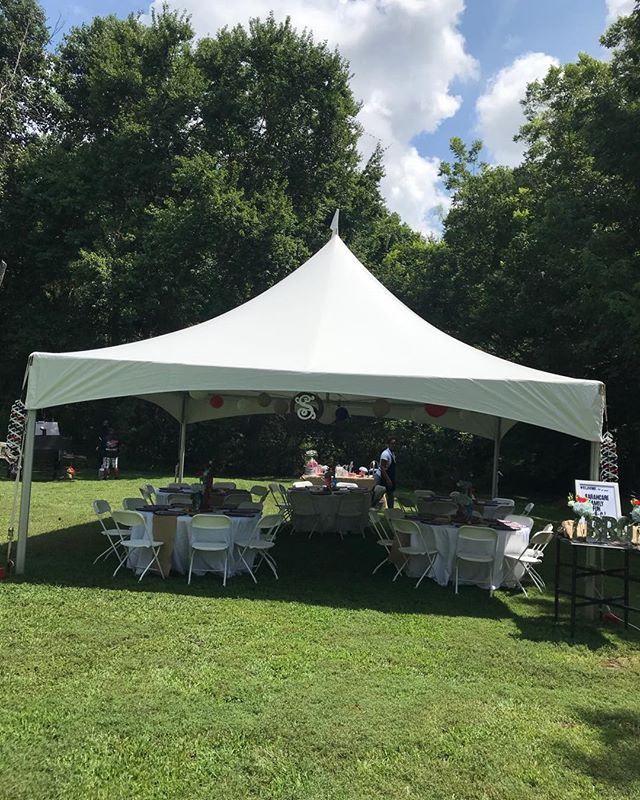 Thanks to @renttheoccasion in helping us bring this corporate backyard bbq to life. It's such a pleasure working with your company. Great frendors in Gwinnett. #therollinggrill #eventplanninganddesign #gwinnettweddingplanner #gwinnetteventplanners