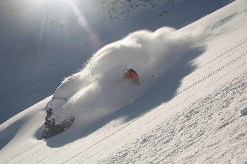 Heli-Ski-Valle-Nevado-23.jpg