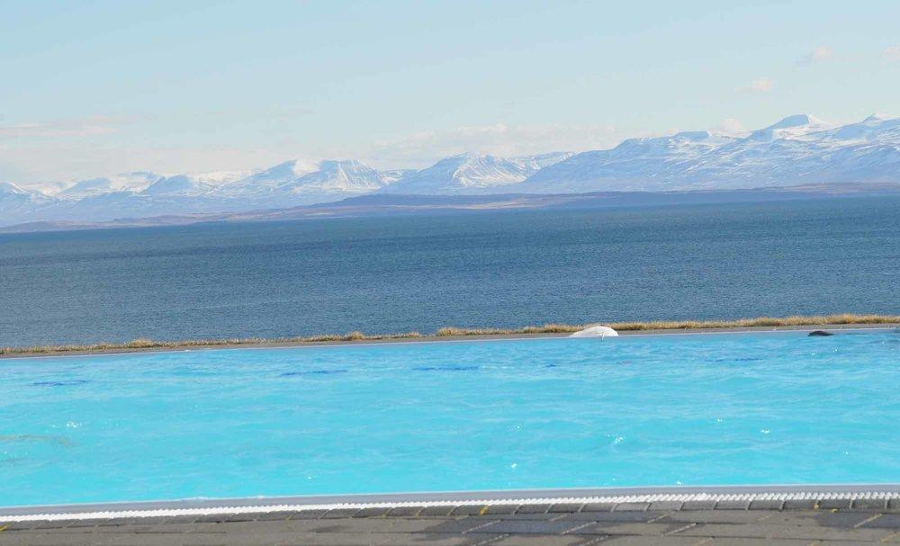 Ski-Iceland-1.jpg