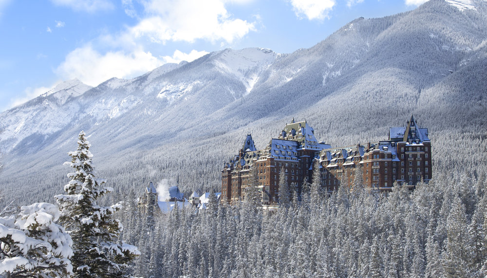 Destination_Signature_Banff_Springs_Hotel_Winter_Fairmont_15_Horizontal.jpg