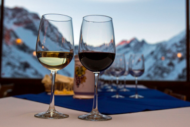 Photo courtesy of Ski Portillo Wine Week